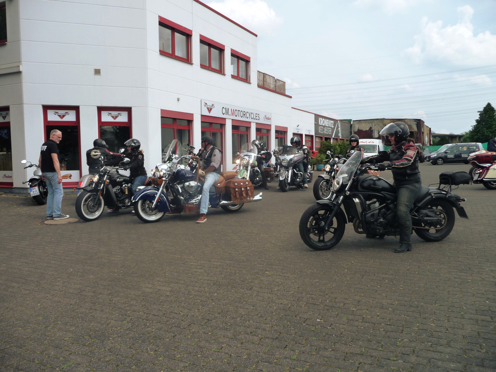 CM.Motorcycles - Indian Rheinland - Crazy Friday